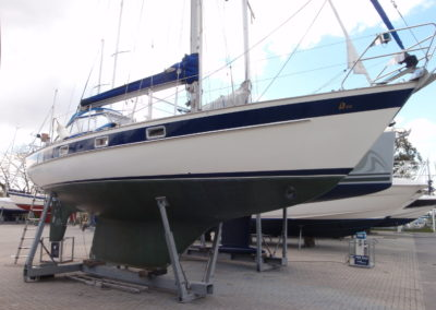 Condition survey of Hallberg Rassy 312 Mk1 at Chichester Marina in April 2013
